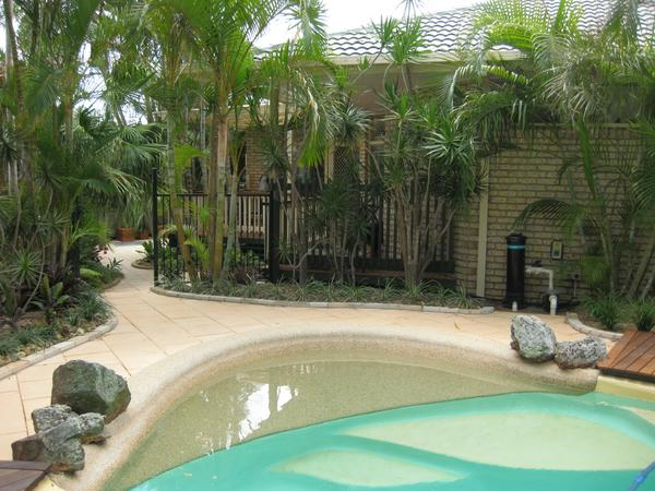Own private resort - Tropical Gardens with Pool