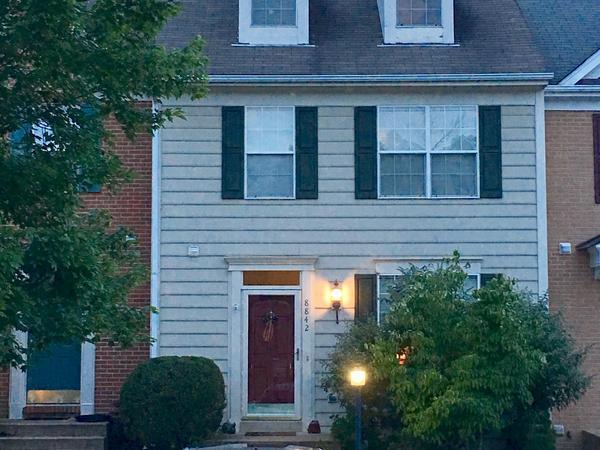 Housesitting assignment in Gainesville, VA, United States