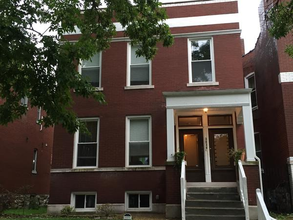 Housesitting assignment in St. Louis, Missouri, United States