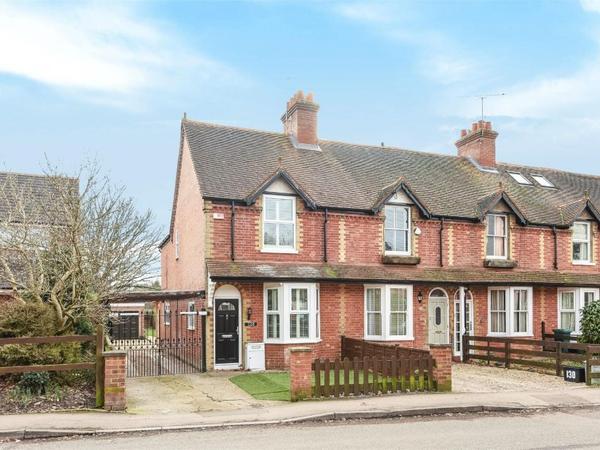 Housesitting assignment in Wokingham, United Kingdom