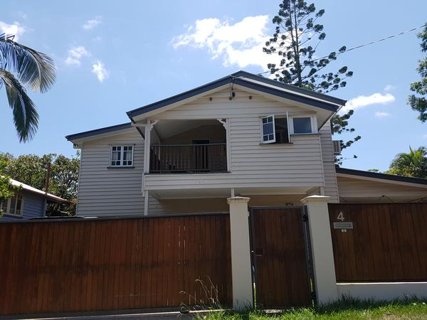 Lovely home & cat to look after in Brisbane Inner City Suburb