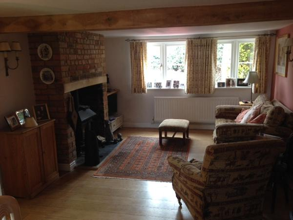 Housesitting assignment in Lewknor, United Kingdom