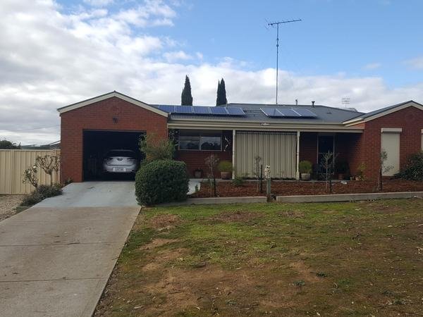 Housesitting assignment in Broadford, Victoria, Australia