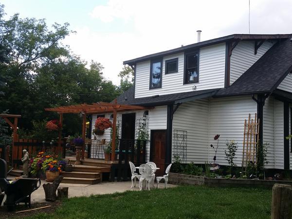 Housesitting assignment in Spruce Grove, Alberta, Canada