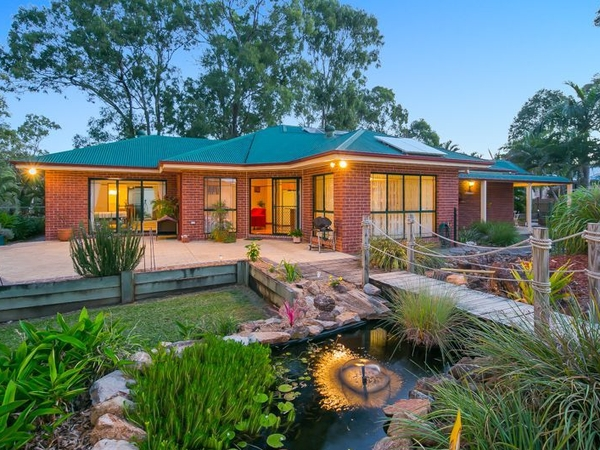 Housesitting assignment in Birkdale, QLD, Australia