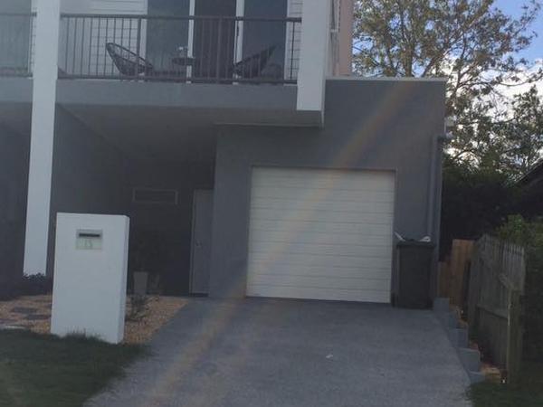 Housesitting assignment in Morningside, QLD, Australia