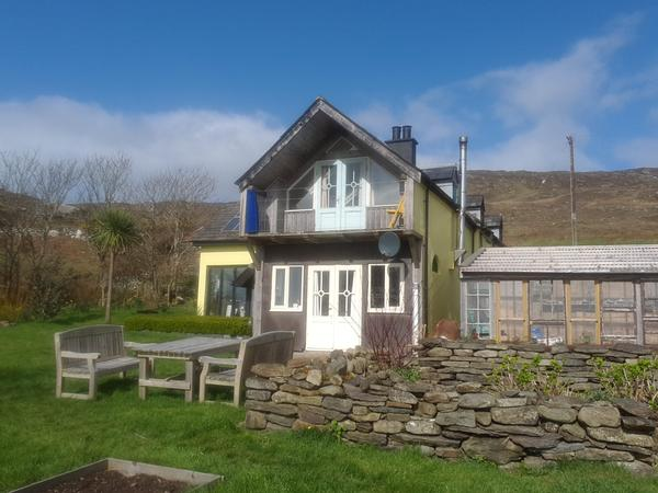House and dog sitter needed for 2 weeks in Bere Island, West Cork, Ireland